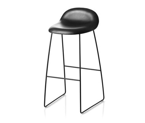 Gubi Stool – Sledge Base by GUBI | Bar stools
