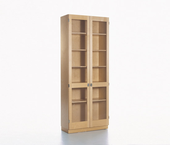 KA72 733 by Karl Andersson | Display cabinets