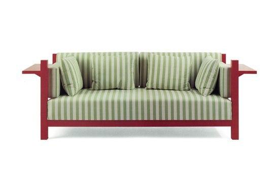 Victory Sofa de Källemo   Canapés d'attente
