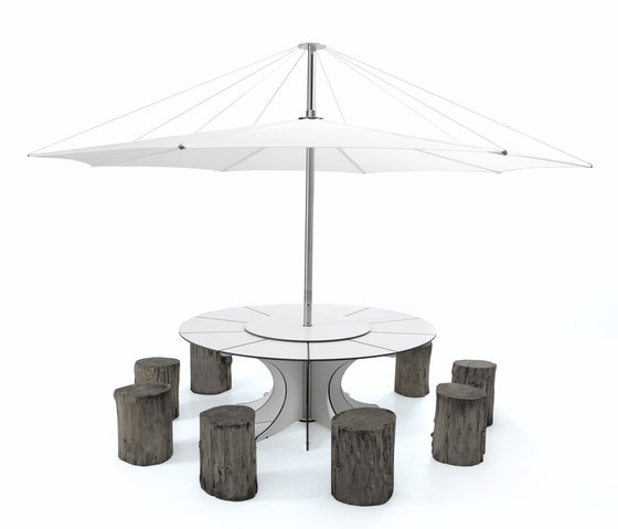 Arthur by extremis | Restaurant tables