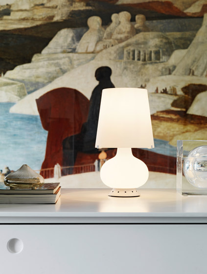 Fontana Table lamp small by FontanaArte | General lighting