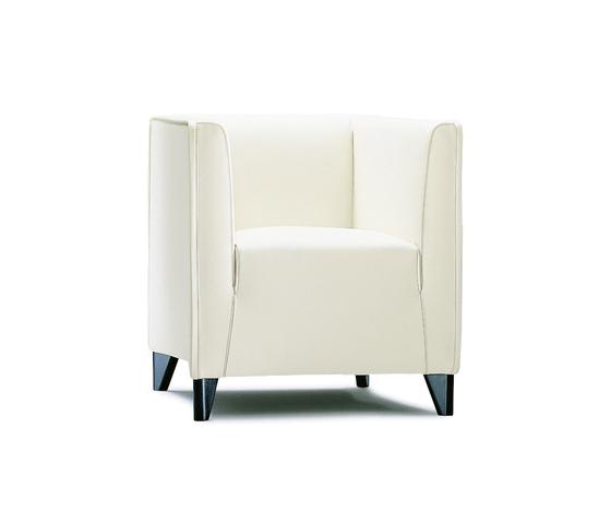 Quadra armchair de Wittmann | Fauteuils d'attente