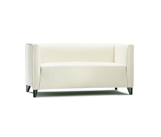 Quadra sofa von Wittmann | Loungesofas