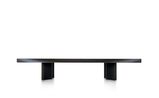 515 Plana by Cassina | Lounge tables