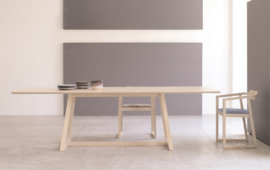 Juliet table by Montina | Dining tables