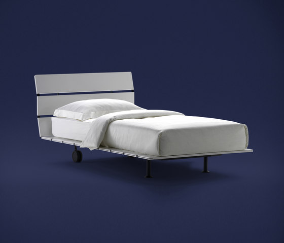 Letti matrimoniali letti mobili per la camera da letto for Prezzo letto tadao flou
