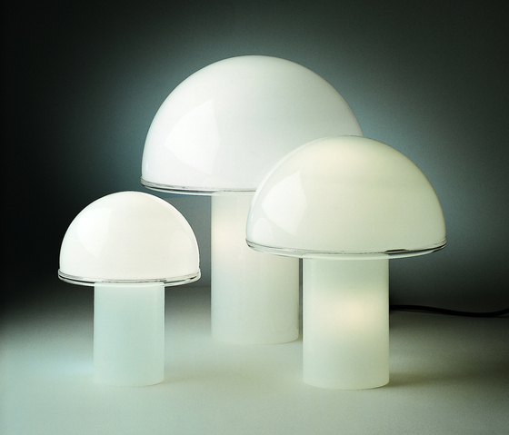 Onfale grande | medio | piccolo Table Lamp by Artemide | General lighting