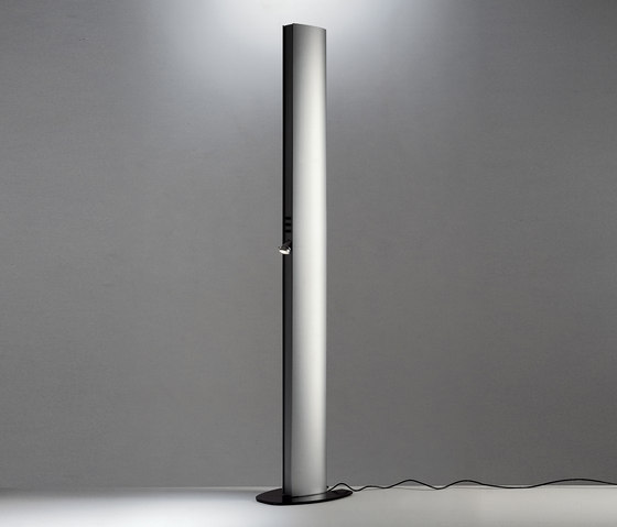 Echos floor lamp by Artemide | General lighting