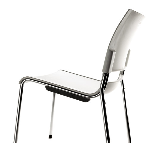 Pol by AKABA | Multipurpose chairs