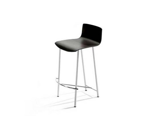 Sota by AKABA | Bar stools