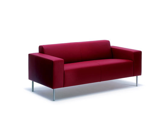 hm18j2 by Hitch|Mylius | Sofas