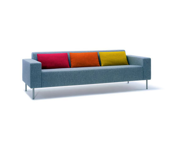 hm18p2 by Hitch|Mylius | Sofas
