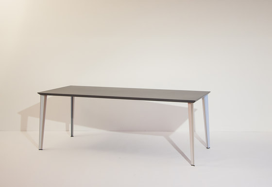 adeco RADAR T15 Aluminium Table de adeco | Mesas de cantinas
