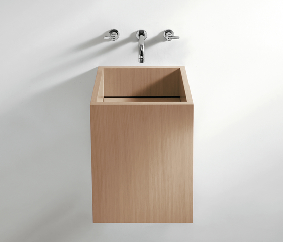 Cube - CER770 by Agape | Wash basins