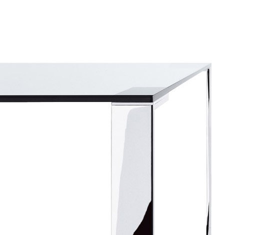 Liko Glass table by Desalto | Dining tables