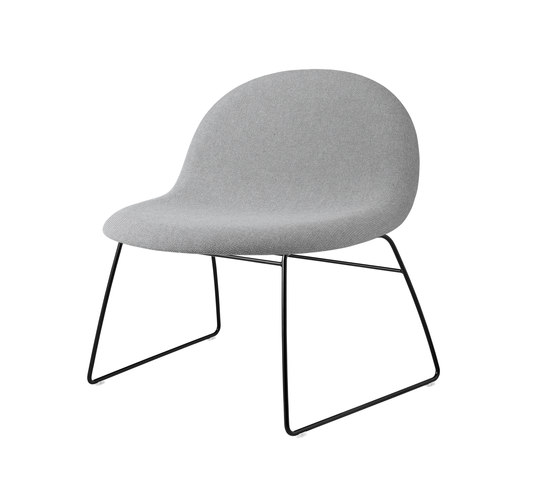 Gubi Sledge Lounge Chair by GUBI | Lounge chairs