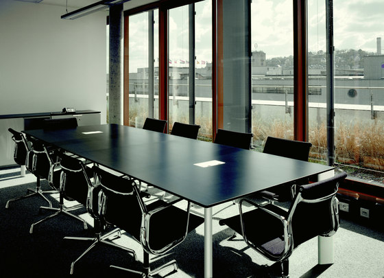 Verso conference table by RENZ | Conference tables