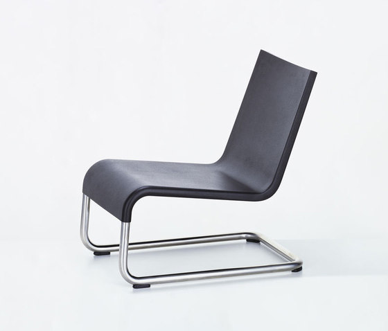 .06 by Vitra | Garden armchairs