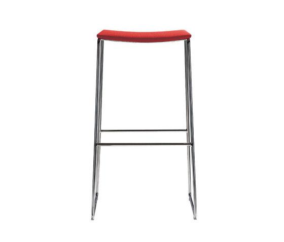 Lineal BQ 0592 de Andreu World | Bar stools