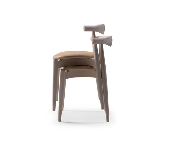 CH20 Elbow Chair di Carl Hansen & Søn | Sedie visitatori