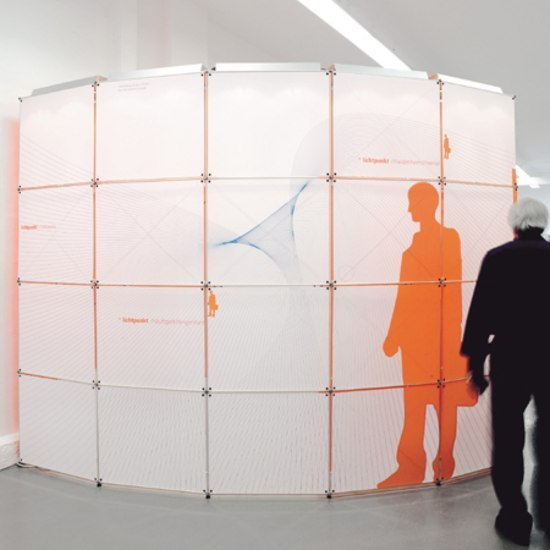 constructiv CLIC Rund by Burkhardt Leitner | Exhibition systems