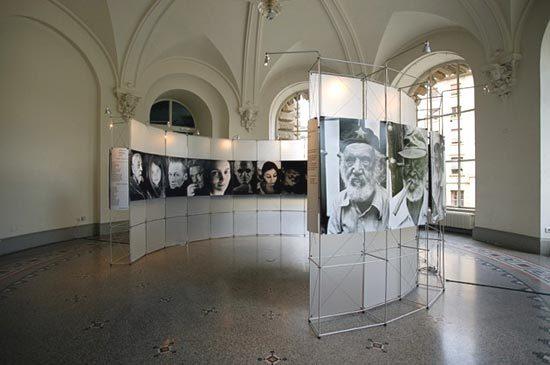 constructiv CLIC Rund de Burkhardt Leitner | Exhibition systems