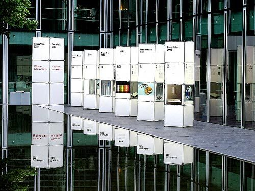 constructiv CLIC by Burkhardt Leitner | Exhibition systems
