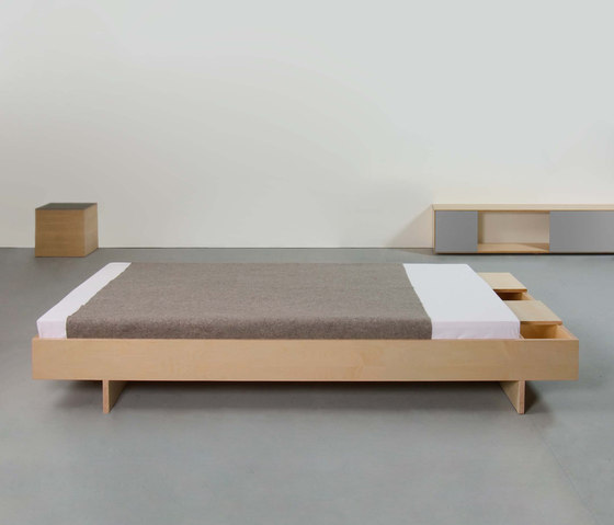 BEZWEI bed by Sanktjohanser | Beds