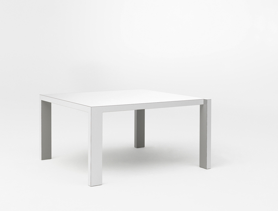 Quadro T83140* by Pastoe | Dining tables