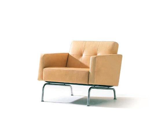 EJ 60 by Erik Jørgensen   Lounge chairs