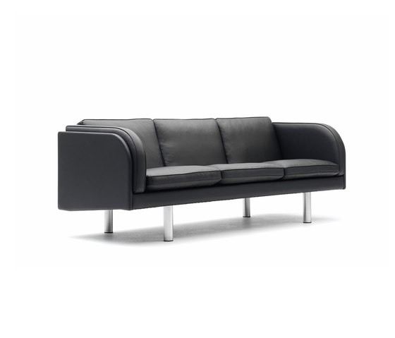 EJ 20 by Erik Jørgensen | Lounge sofas