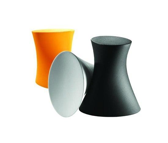 Plastic de Parri Design | Taburetes de jardín