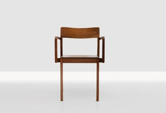 Sit by Zeitraum | Restaurant chairs