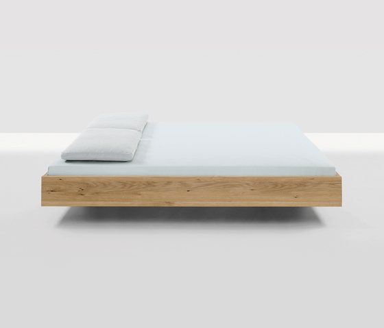 Simple by Zeitraum | Double beds