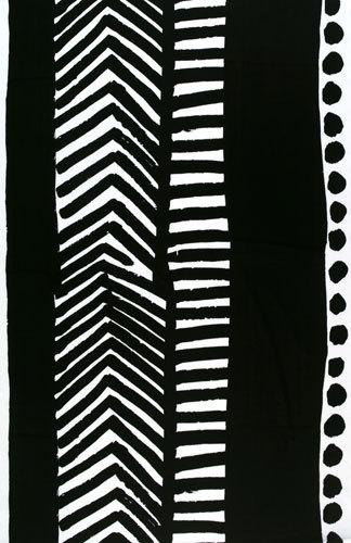 Käki black interior fabric von Marimekko | Vorhangstoffe