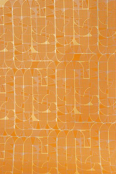 Circuit tangerine wallpaper di Flavor Paper | Carta da parati / carta da parati