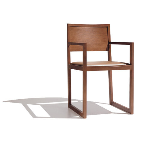 Zisa SO 1151 by Andreu World | Restaurant chairs