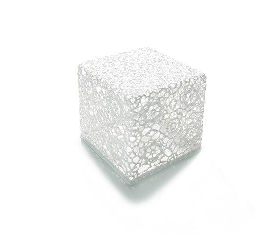 crochet table small by moooi | Side tables