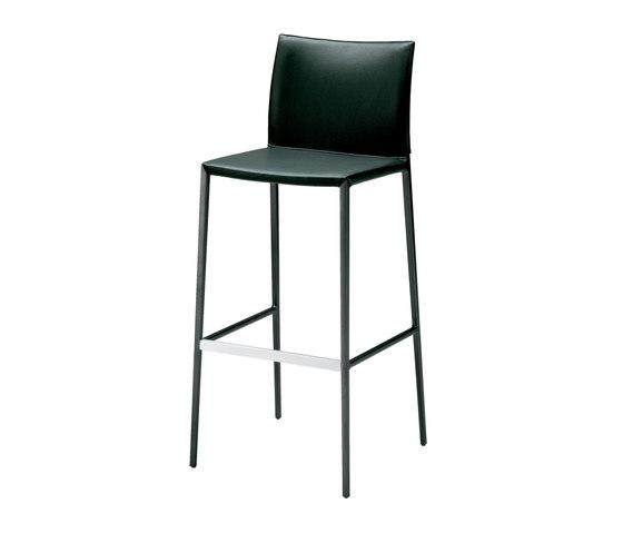 Lio | 2291 by Zanotta | Bar stools