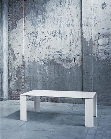 Surface tavoli von Glas Italia | Esstische