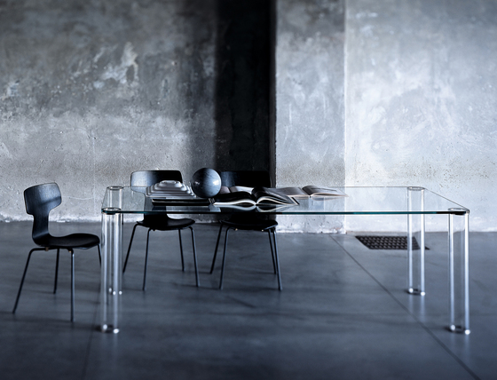 Pipeline table by Glas Italia | Dining tables