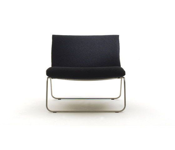 Leaf lounge chair di Living Divani | Poltrone