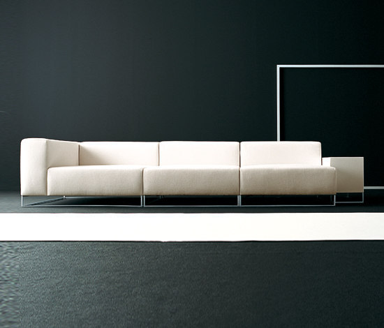 Wall 2 modular sofa system by Living Divani | Lounge sofas