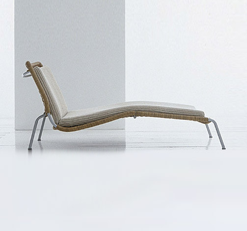 Frog chaise longue by Living Divani | Sun loungers