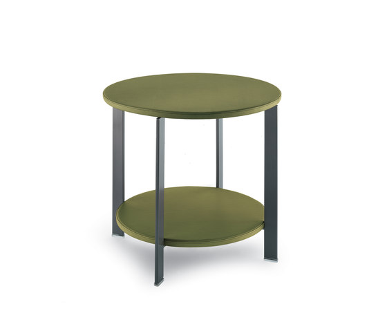 Regolo by Poltrona Frau | Side tables