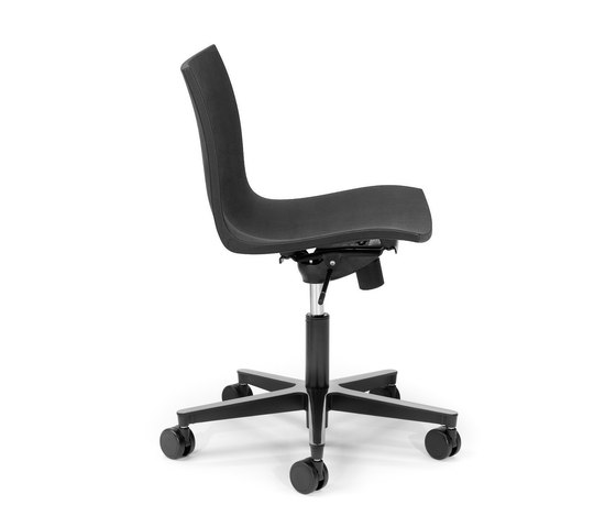 Gimlet swivel by Mobles 114 | Task chairs