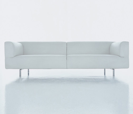 250 Met by Cassina | Sofas