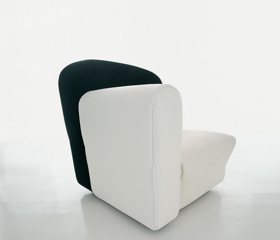 358 Cannaregio by Cassina | Armchairs
