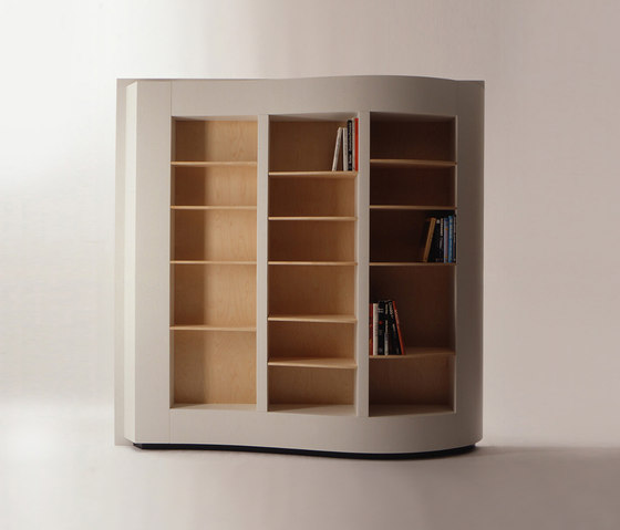 418 Pagina by Cassina | Shelving