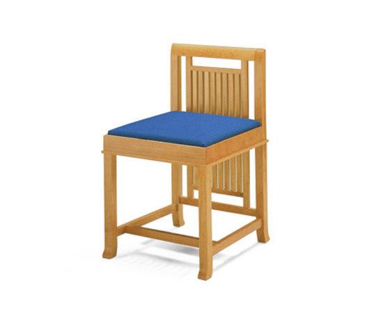 archi tetti le sedie scultura. Black Bedroom Furniture Sets. Home Design Ideas